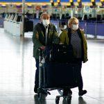 اعتراض به طرح قرنطینه مسافران در انگلیس